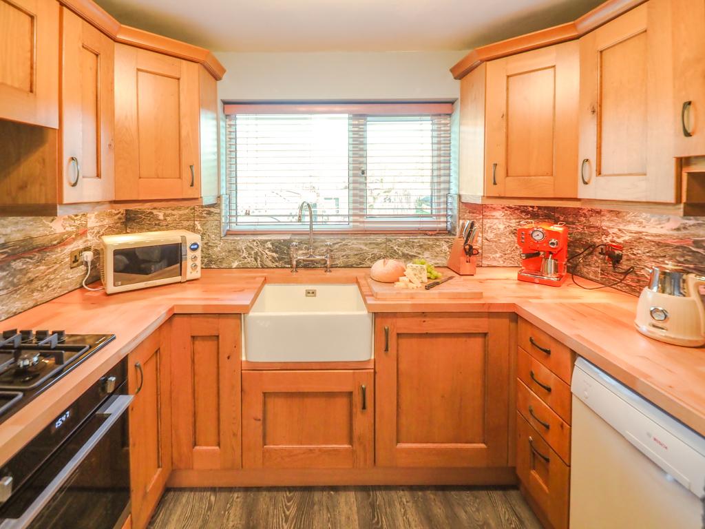 Garth kitchen 1 image 2 April 2021 (1 of 1)